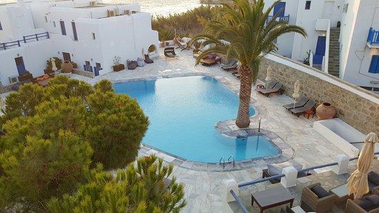 Poseidon Hotel - Suites: 20160729_195335_large.jpg