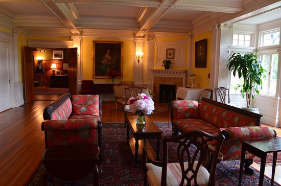 Inn at Shelburne Farms: Afternoon tea room