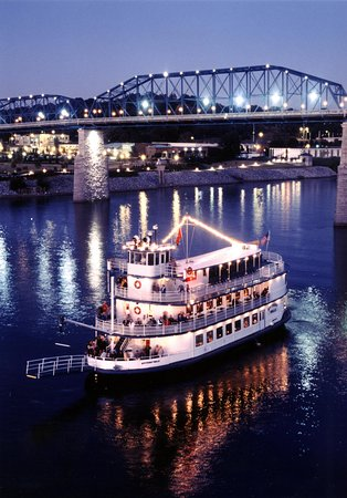 Homewood Suites by Hilton Chattanooga/Hamilton Place: Southern Belle Riverboat