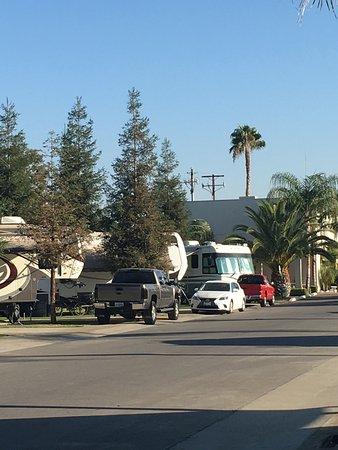 Bakersfield RV Resort: photo3.jpg