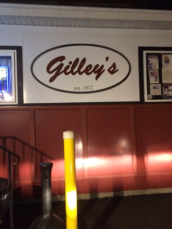 Gilley's : Gilley's, Portsmouth,NH