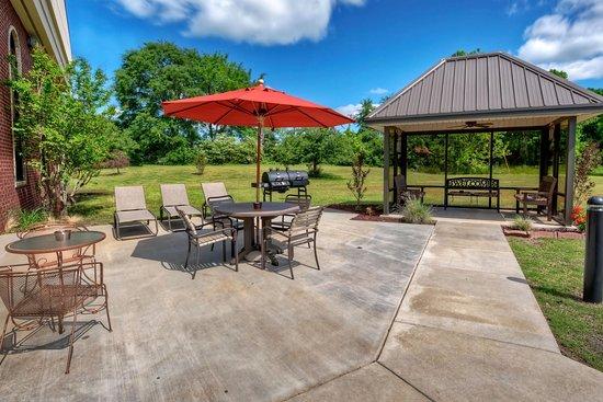 Clarksville, أركنساس: Outdoor Patio