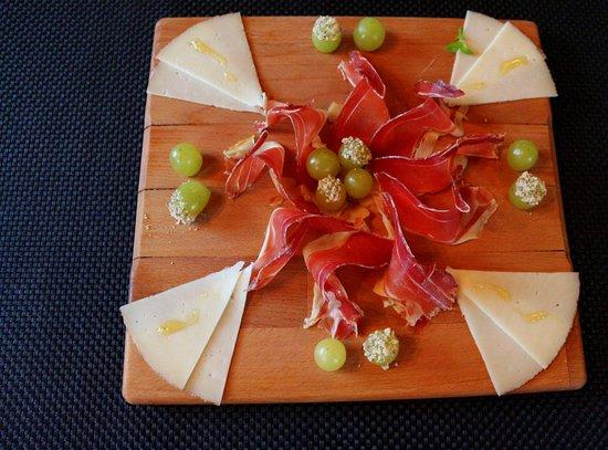 Gronsveld, Pays-Bas : tabla jamon y queso