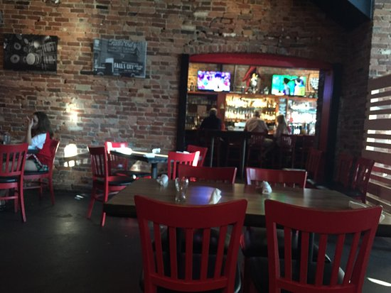 Jeffersonville, IN: The Red Yeti Restaurant