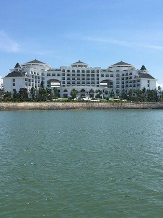 Лучший Отель в бухте Халонг