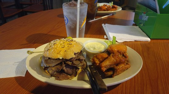 Lockport, NY: Beef on Weck and chicken wings