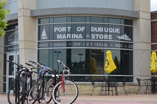 Port of Dubuque Marina Store and Rentals