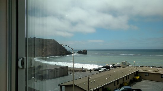 Holiday Inn Express Hotel & Suites Pacifica: View from 2nd floor Ocean Front Junior Suites