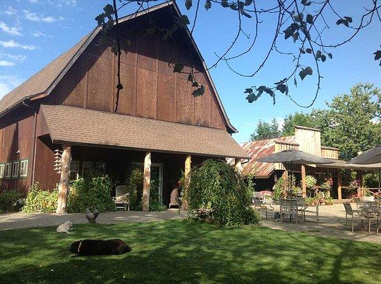 Arlington, WA: Barn on the property