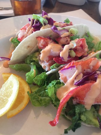 Lobster Barn Pub and Eatery: Excellent Lobster Taco