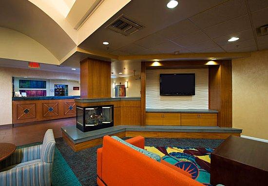 Residence Inn Huntsville: Lobby