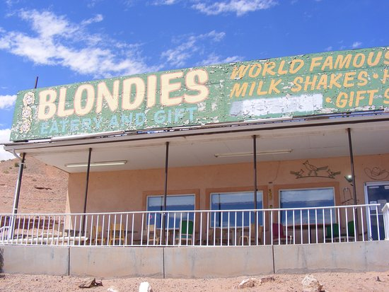 Hanksville, UT: Blondie's Front Entrance