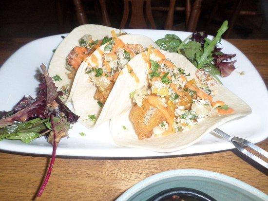Bibis: Fish Tacos
