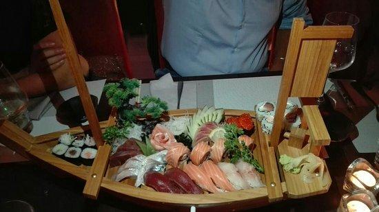 'O Sushi : IMG-20160811-WA0035_large.jpg
