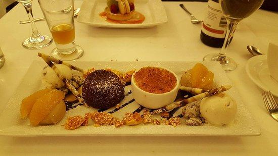 Austell's : Chocolate sharer dessert (Part of the taster menu)