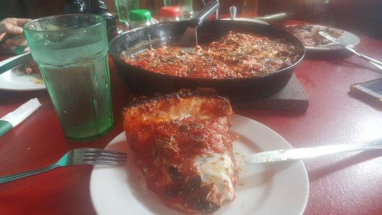 pequods Pizza: 20160809_152036_large.jpg