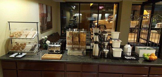 Best Western Indianapolis South: Breakfast Bar