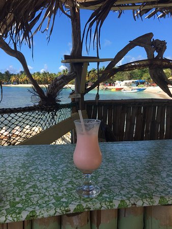 Mayreau: Beachy cocktail