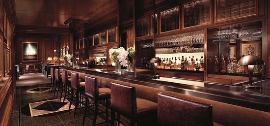 The Ritz-Carlton New York, Central Park: Auden Bar