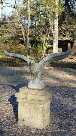 Aiken, Carolina del Sur: an eagle statue