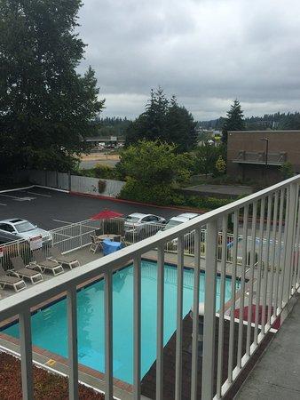 Motel 6 Seattle North - Kirkland: photo1.jpg