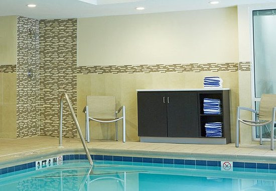 Lithia Springs, Джорджия: Indoor Pool - Amenities