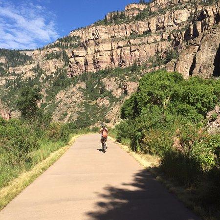Glenwood Canyon Bike Trail: bike trail
