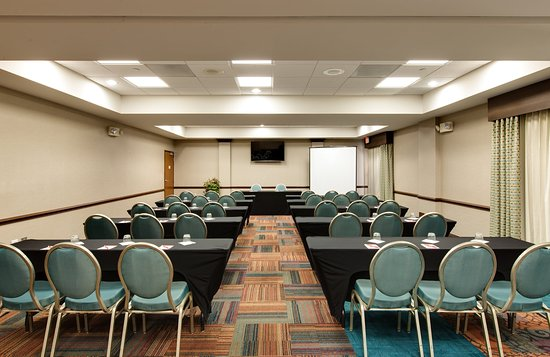 Vernon Hills, IL: Meeting Room