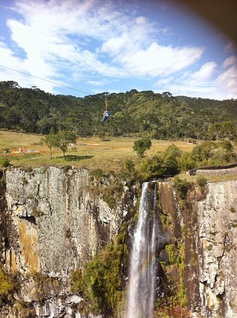 Cachoeira do Avencal: Tirolesa do Avencal