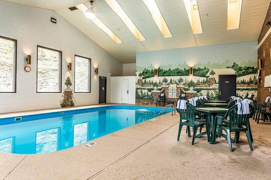 ซาเนสวิลล์, โอไฮโอ: Pool