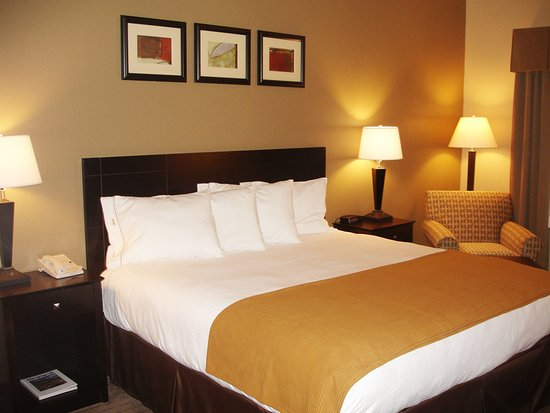 Holiday Inn Express Hotel & Suites Rancho Mirage - Palm Spgs Area: Guest Room