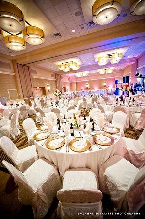 Florham Park, NJ: Wedding Ballroom Set