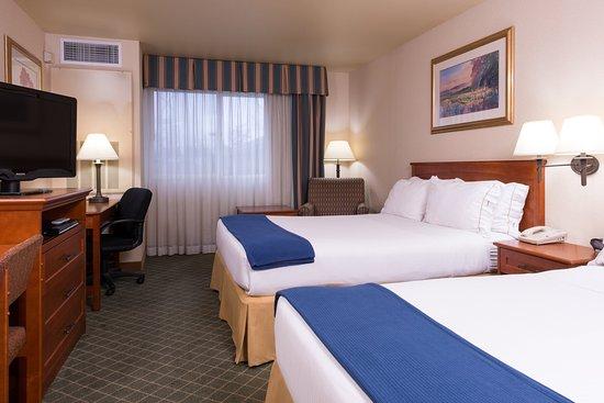Everett, Waszyngton: Two Queen Guest Room