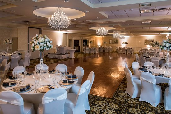 Newly Renovated Windsor Ballroom at Holiday Inn East Windsor NJ