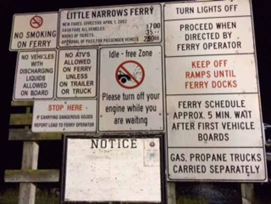 Grand Narrows, Kanada: The sign at the ferry