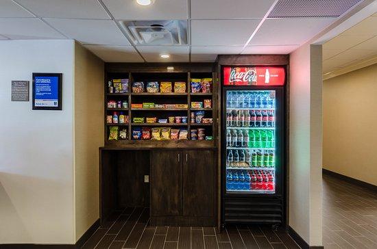 Randolph, MA: Vending Area