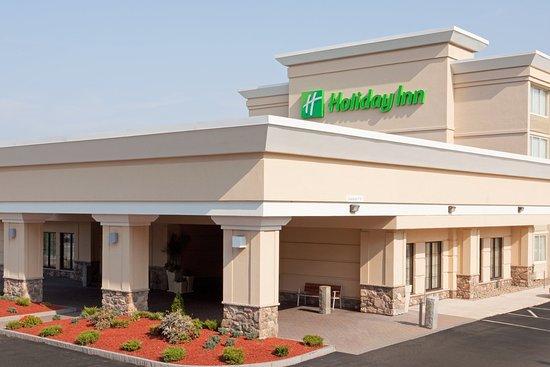 Holiday Inn & Suites Boston Peabody