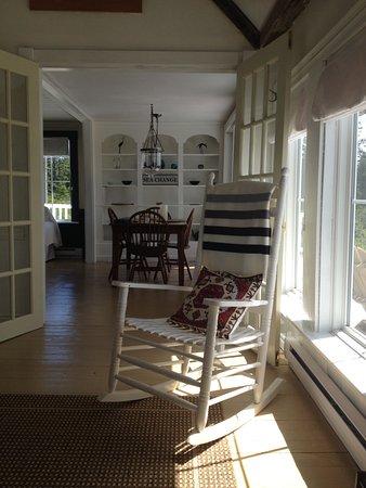 Barrington, Canada: Sun room view