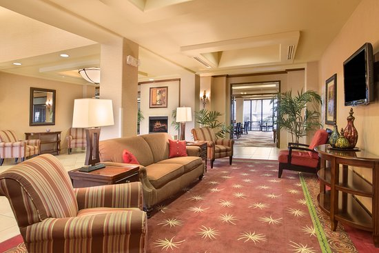 Holiday Inn Express Yuma: Hotel Lobby