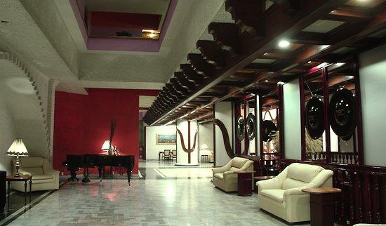 Foto de hotel aristos puebla puebla buddha bar tripadvisor for Hotel agrustos