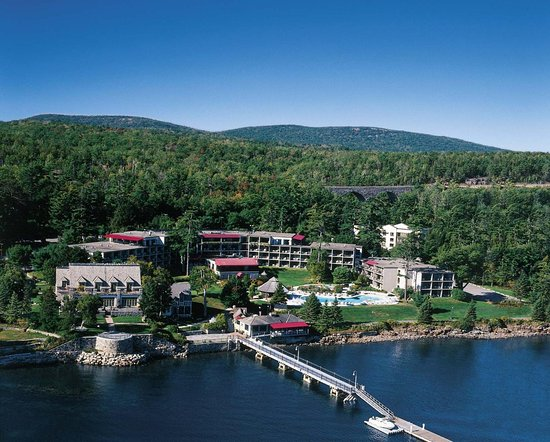 Holiday Inn Bar Harbor Regency: The beautiful Holiday Inn Bar Harbor on Frenchmans Bay