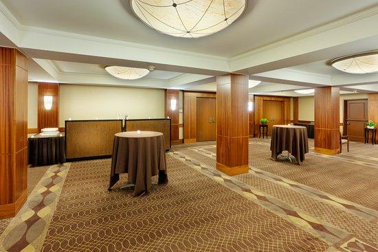 ลิเวอร์พูล, นิวยอร์ก: Ballroom Pre-function Area