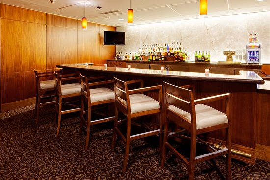 Liverpool, Нью-Йорк: Bar and Lounge