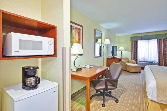 Hurricane, Virgínia Ocidental: King Bed Guest Room