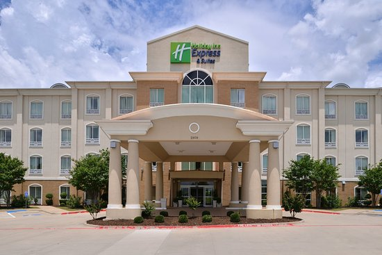 Holiday Inn Express Hotel & Suites Sherman Highway 75: Hotel Exterior