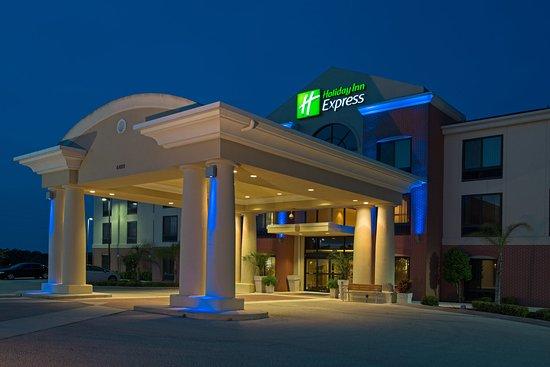 Sebring, FL: Entrance at Night