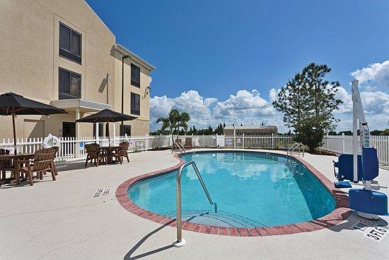 Sebring, FL: Swimming Pool