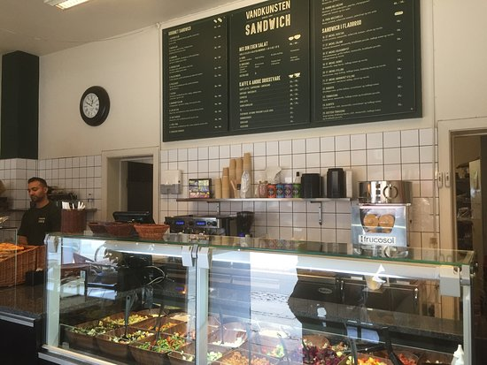 Vandkunsten sandwich og salat : photo3.jpg