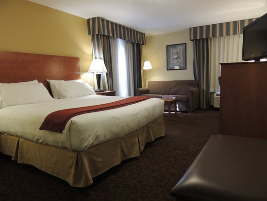 Trussville, AL: King Mobility Guest Room