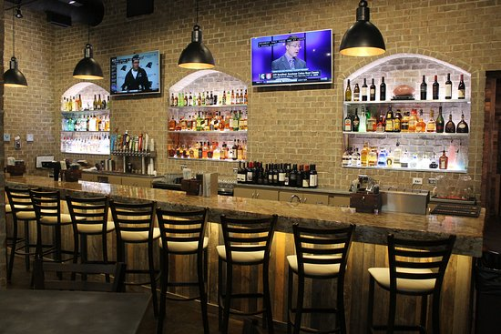 The Office Sports Bar and Grill, Columbus - Restaurant